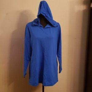 NWOT. Pullover lightweight hoodie sweatshirt